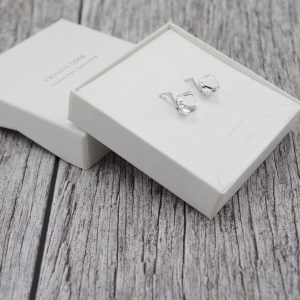 Nakit iz srebra - Srebrni uhani Cube Crystal V Swarovski